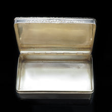 Load image into Gallery viewer, A Thick Solid Silver Table Snuff Box Georgian - Edward Edwards 1833 - Artisan Antiques