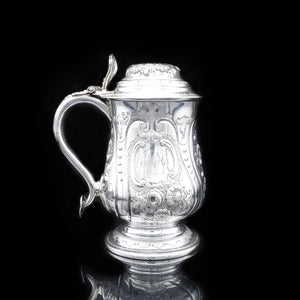 Victorian Silver Lidded Pint Tankard with Gilt Interior - 1840 - Artisan Antiques