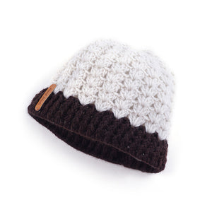 2019 Europe and America autumn and winter new hole caps empty top knitted wool hats ponytail hat winter warm winter hat