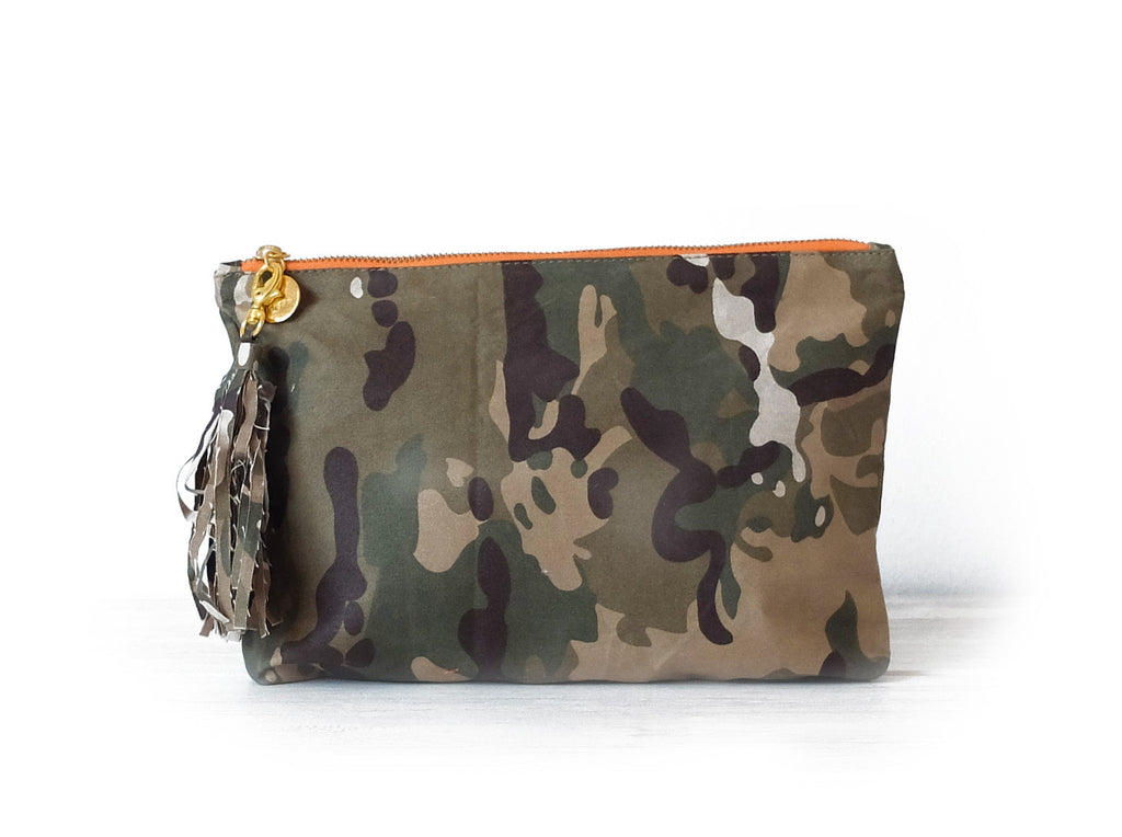 Clutch petite | Camouflage - Vive Ninette | One of a kind leather handbags