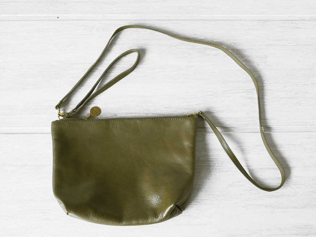 Clutch petite | Olive - Vive Ninette | One of a kind leather handbags