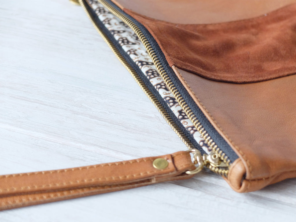 Clutch petite | Striped tan - Vive Ninette | One of a kind leather handbags