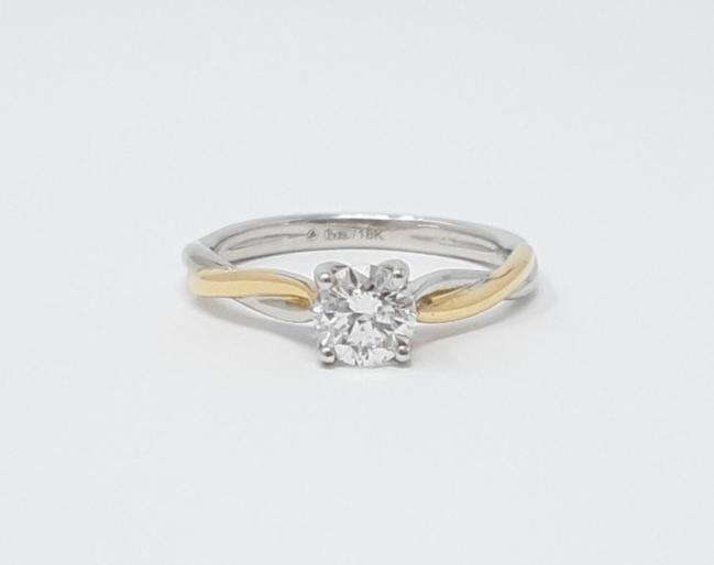 18K White & Rose Gold 0.60cttw Canadian Diamond Engagement Ring, size 6.5