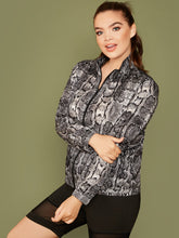 Load image into Gallery viewer, JACKET/COAT Plus Zip Up Snakeskin Print Jacket - EK CHIC