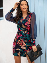 Load image into Gallery viewer, DRESS Floral Print Contrast Mesh Split Hem Dress - EK CHIC