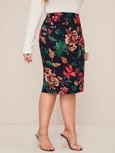 Load image into Gallery viewer, SKIRT Plus Floral Print Pencil Skirt - EK CHIC