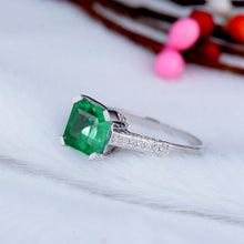 Load image into Gallery viewer, JEWELRY Solid 14Kt White Gold Princess Cut 5x7mm Emerald Ring - EK CHIC
