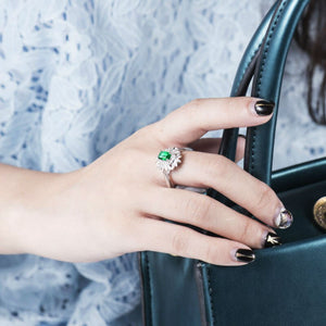 RING Luxury 18K White Gold Emerald Ring - Vintage Engagement Ring - EK CHIC