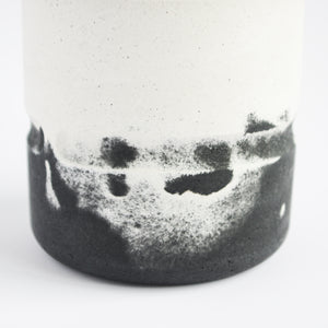 Chubby Pot in Monochrome