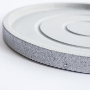 Large Round Tray in Cool Grey