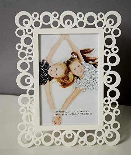 Decoralicious White Designer Circular Table Top Photo Frame Perfect For Office & Home Decor