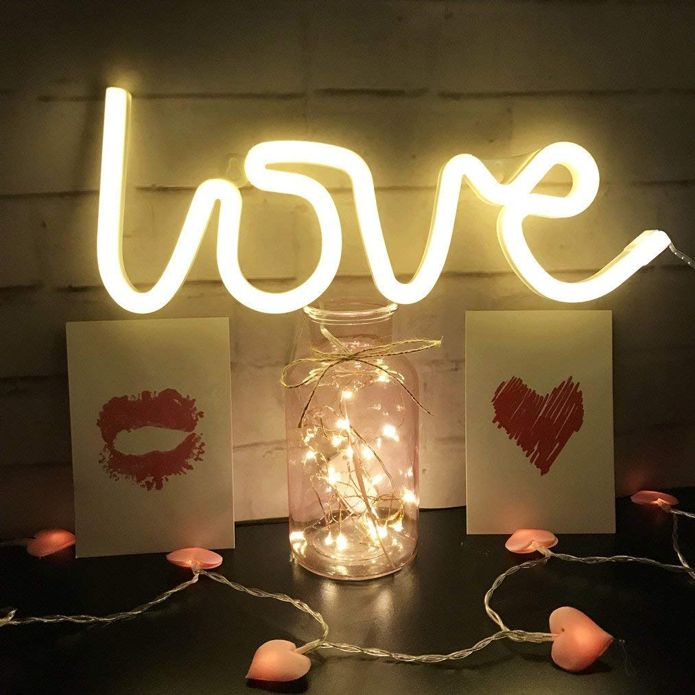 Love Shaped Battery Night Light For Home Decor, Color - Warm White