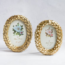 Load image into Gallery viewer, Set Of 2 Round Shape Golden Leaves Table Photo Frames For Home Decor
