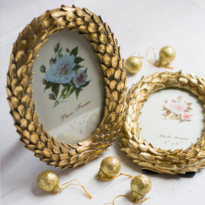 Set Of 2 Round Shape Golden Leaves Table Photo Frames For Home Decor