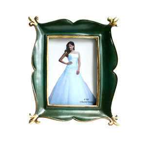 Magical Carpet Shape Table Photo Frame For Home Decor