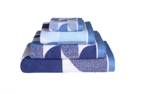 Scallop Bath Linen in Blue