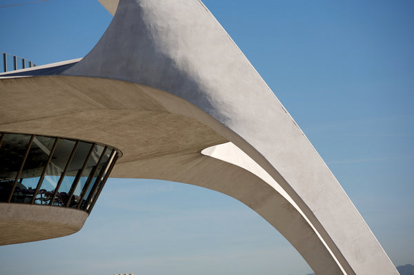 Theme Building, Los Angeles, designed by Paul Revere Williams