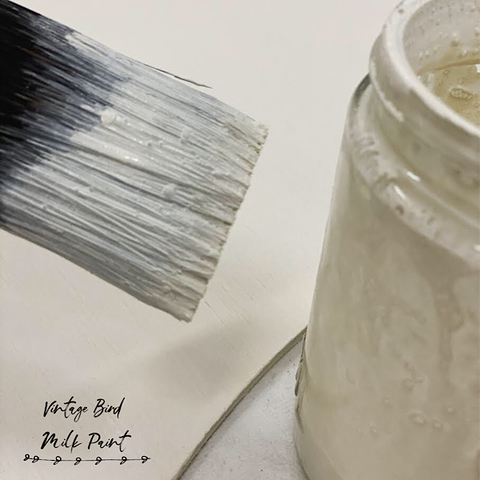 Mixing-Vintage-Bird-Milk-Paint