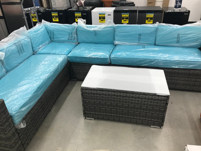 keywest sectional 5 pieces set with blue cushions