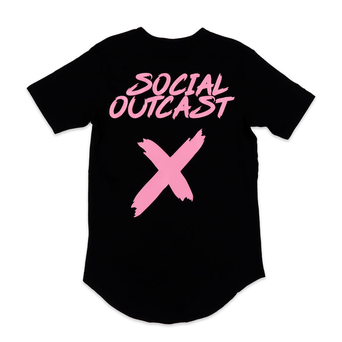 Social Outcast Scoop Tee in Black and Pink