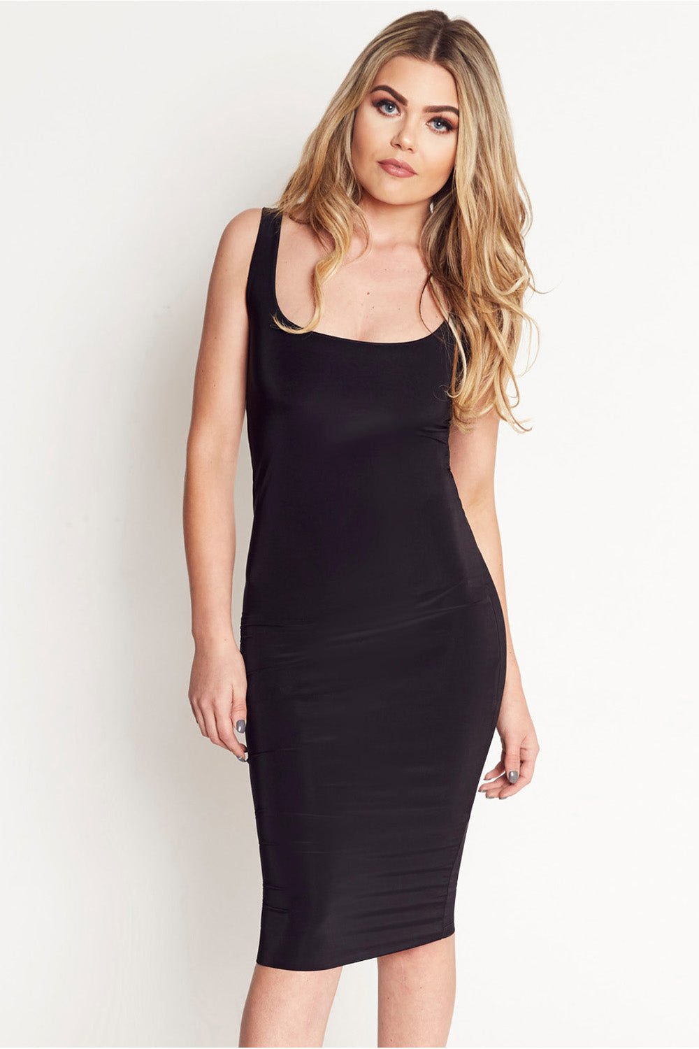 Harper Scoop Neck Bodycon Midi Dress in Black