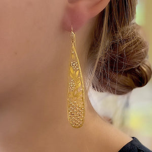 Diamond Trellis Earrings by Laurie Kaiser - Talisman Collection Fine Jewelers