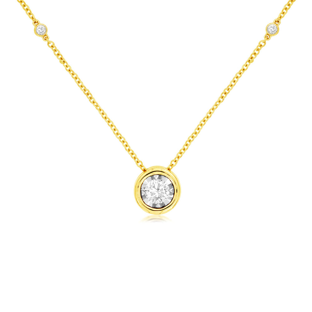 Bezel-Set Floating Diamond Necklace in 14k Yellow Gold