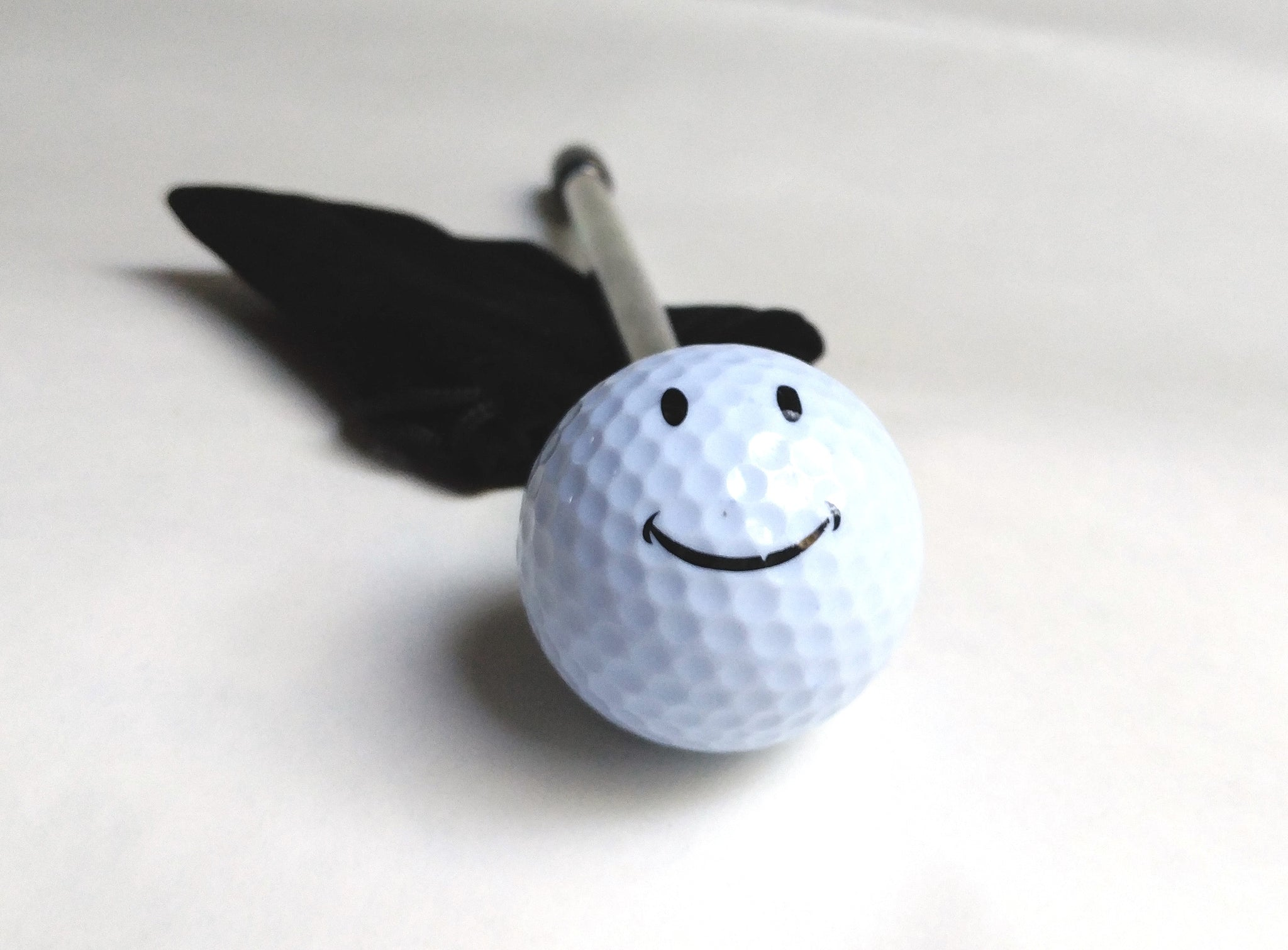 GOLFBALL SMILING SHOOTER
