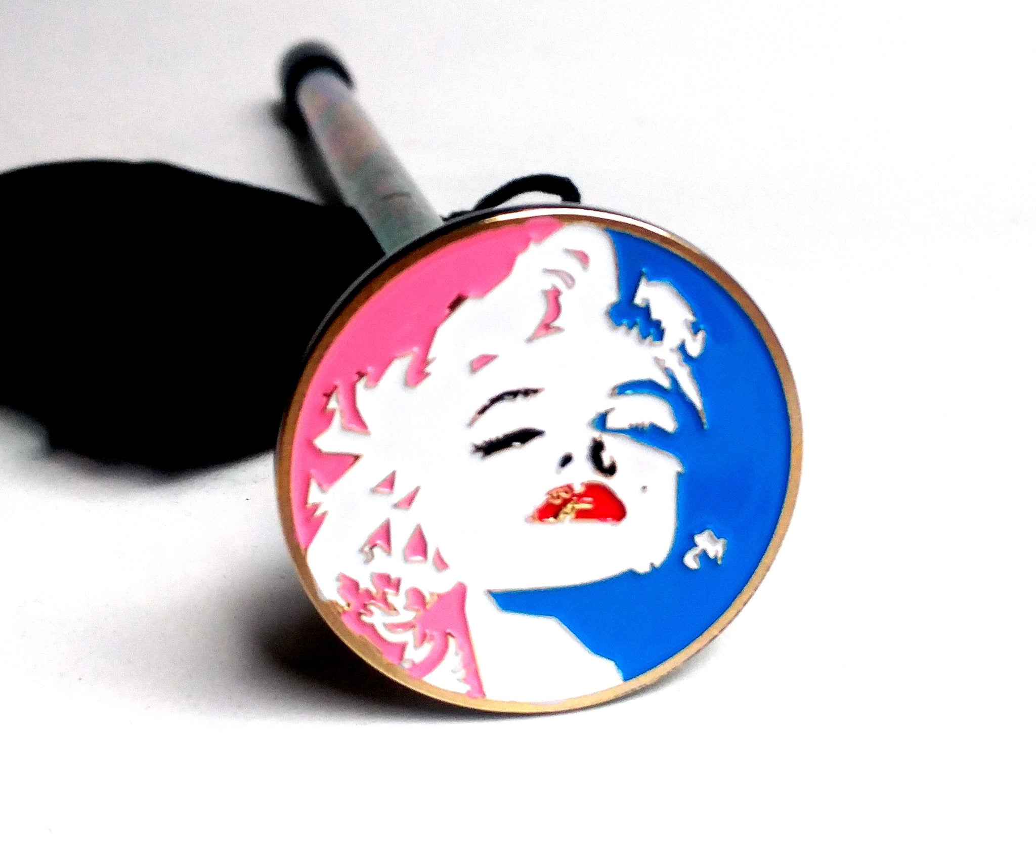 CLASSIC BEAUTY POPART SHOOTER ROD