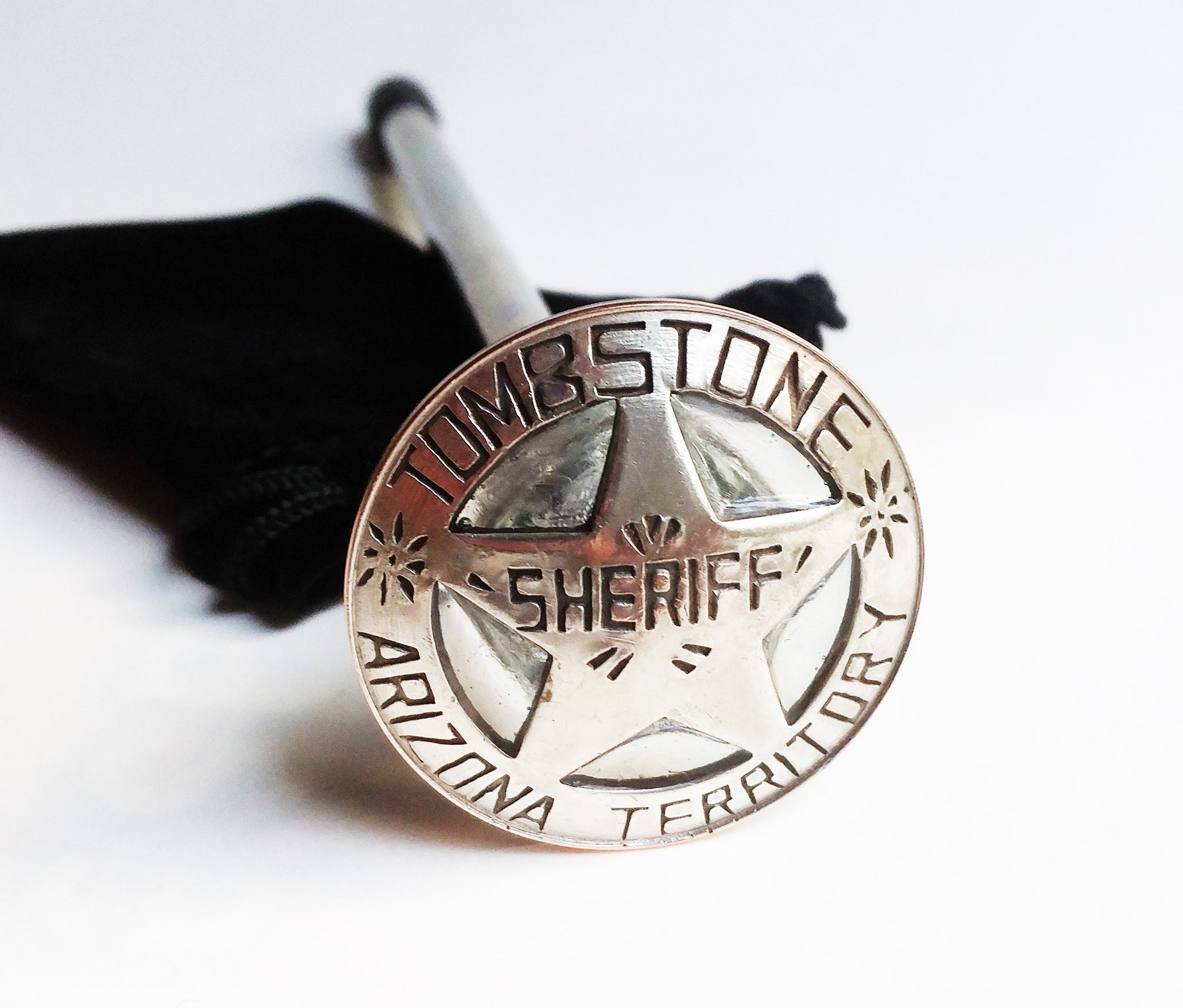 TOMBSTONE SHERIFF'S BADGE SHOOTER