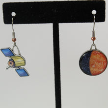 Load image into Gallery viewer, Mercury + Messenger Recycled Paper Earrings