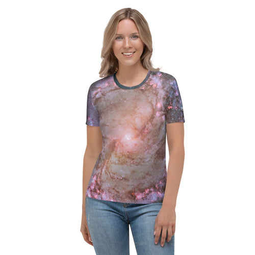 M83 Spiral Galaxy by Hubble Fitted T-Shirt