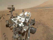 Load image into Gallery viewer, Mars Curiosity Rover Seflie Necklace