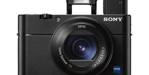 The Gigantic 8X Zoom Lens on Sony's RX100 VI Does What Your Smartphone Can't: By Gizmodo.com