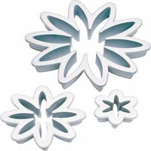 The Studio Workshop | Daisy Fondant Cutouts | Garden Party Theme & Supplies