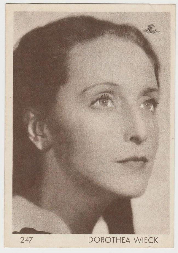 Dorothea Wieck 1930s Aguila Large Paper Stock Trading Card #247