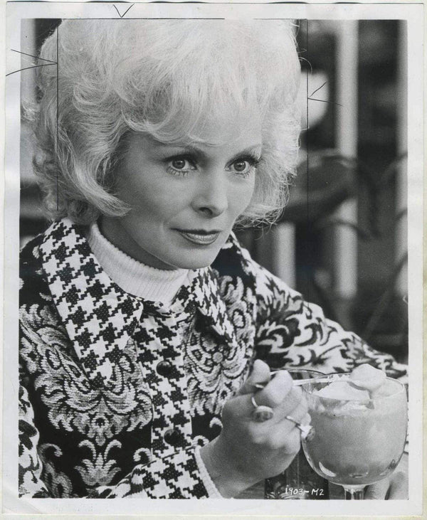Janet Leigh Vintage 1972 Date Stamped 8x10 Press Photo with Tag