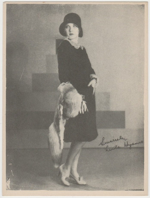 Leila Hyams 1920s Kashin Motion Picture Stars Large Trading Card W618
