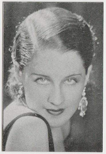 Norma Shearer 1933 MOVIEBOOK CORP of New York Film Star Trading Card #13