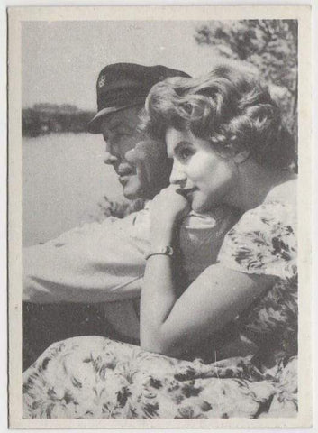 Robert Taylor + Nicole Maurey 1959 MGM Film Stars Trading Card from Italy #84