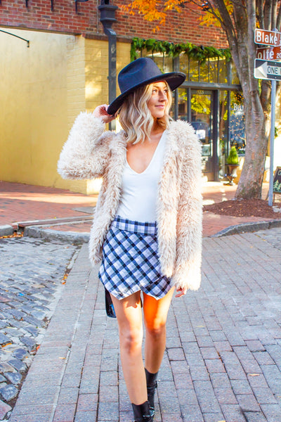 One In A Million - Black & White Plaid Envelope Skort