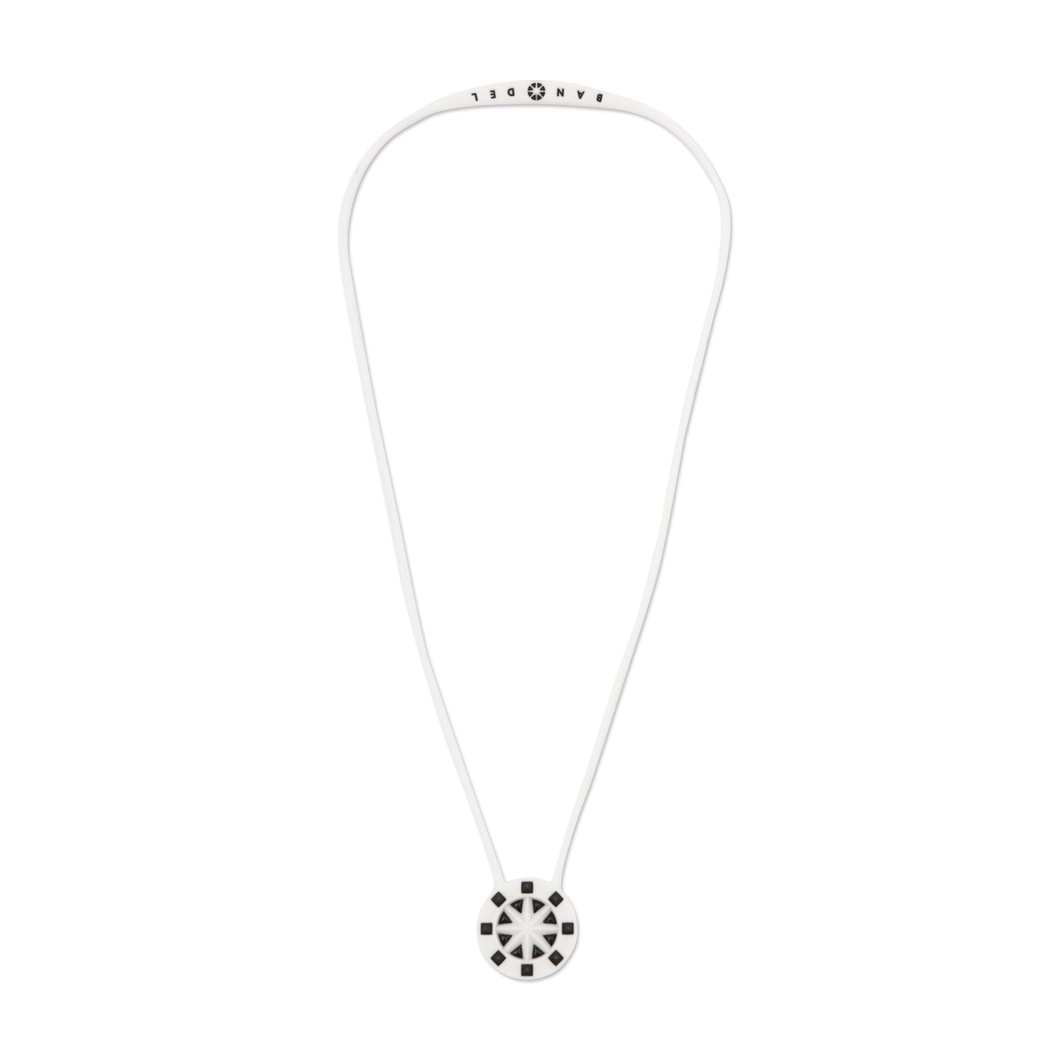 Bandel Studs Series Necklace White/Black