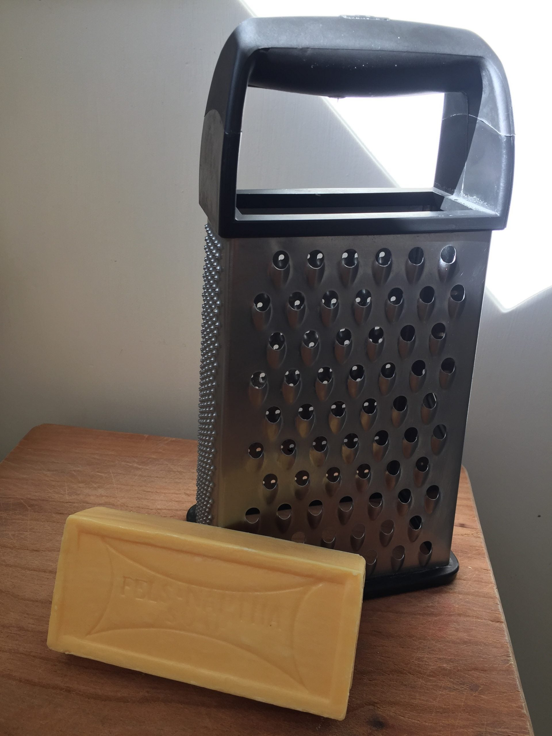 Homemade Laundry Detergent For Smelly Athletic Clothing - Fels Natural Soap