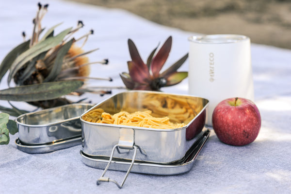 Metal lunch container