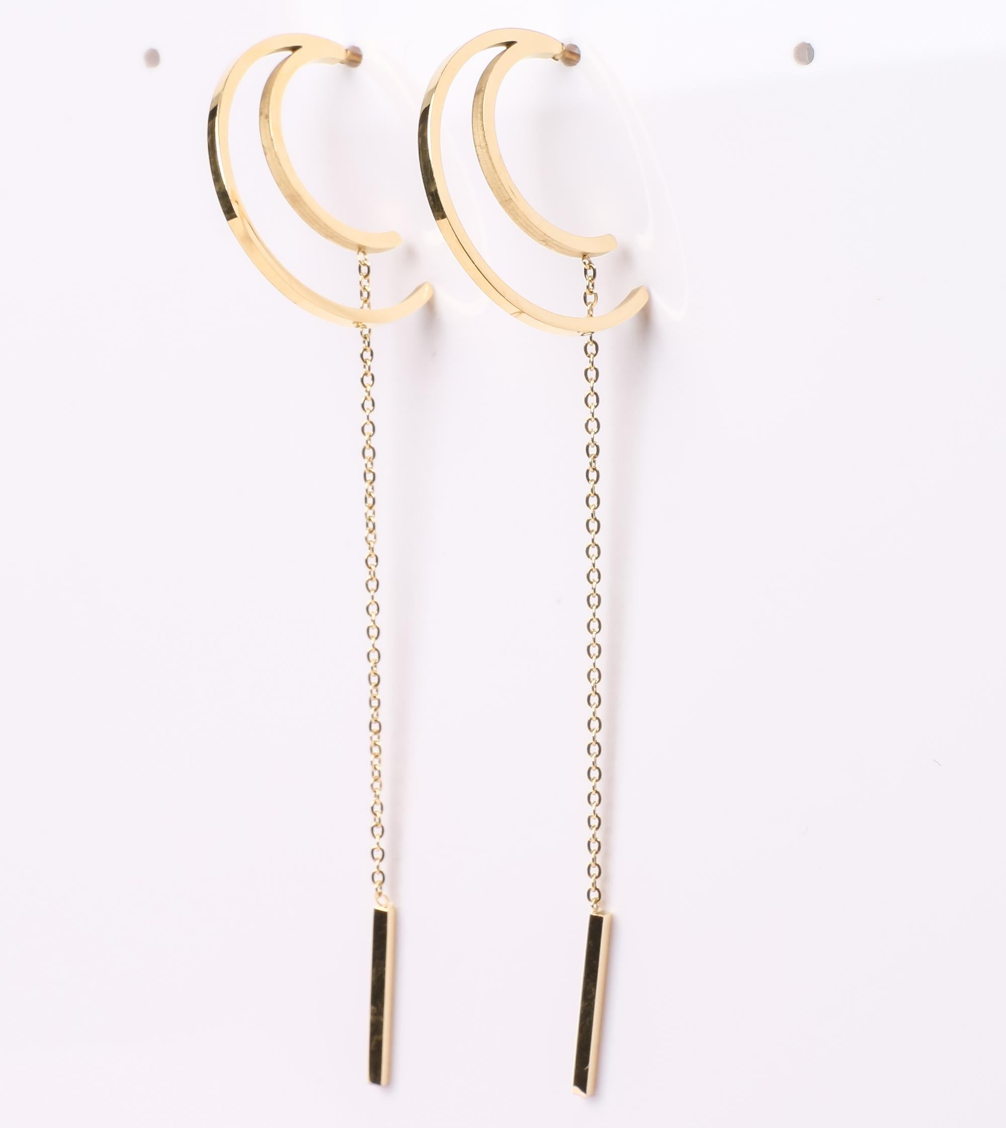 Stylish Rhodium Plated Silver Hook Drop Earrings