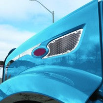 Peterbilt 579 Side Hood Trim