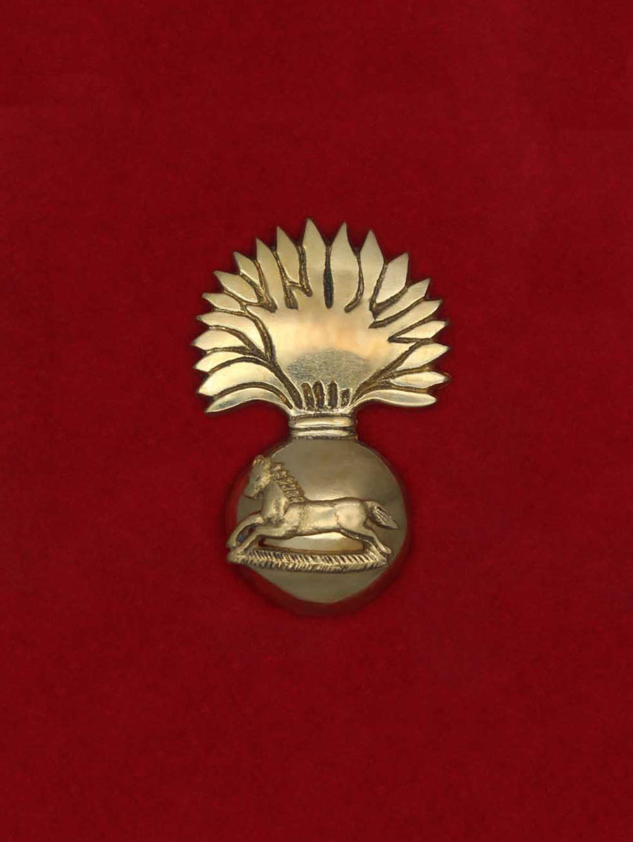 Beret Cap Badge The Grenadiers