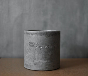 Large Candle in Concrete - 400 ml
