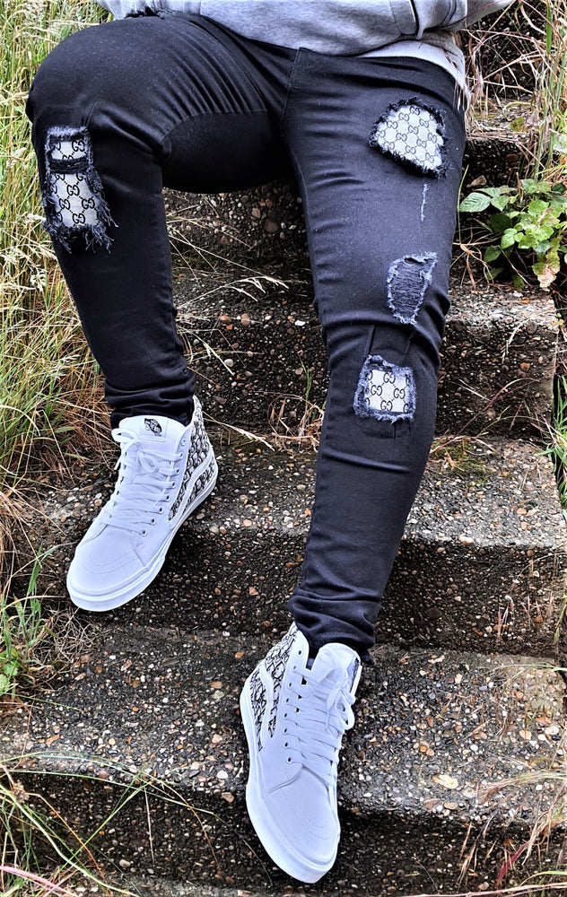 Load image into Gallery viewer, Black Distressed Gucci Slim Fit Jeans -