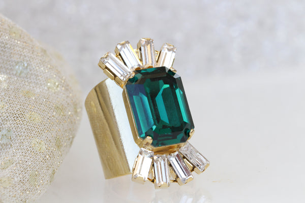 bridal emerald statement ring